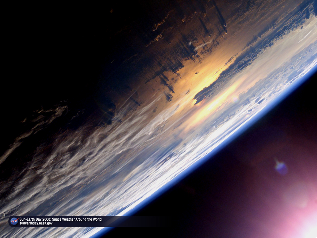 http://sunearthday.nasa.gov/2008/materials/SED_walltilt_1024x768.jpg
